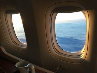 ジャカルタ赴任後31度目の帰国 --日本航空「JL726」便--SKY SUITE 777(スカイスイート777)」