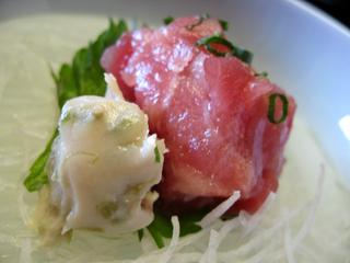 静岡県、東伊豆・西伊豆・稲取温泉「プロが選ぶ日本のホテル・旅館100選」に選ばれる「銀水荘」の朝食。