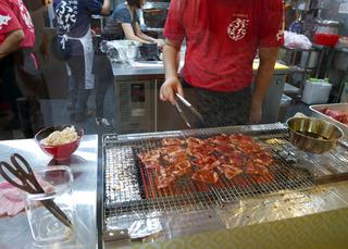 「豚丼のぶたはげ」で帯広名物の豚丼を食す! @シンガポール・リャンコート