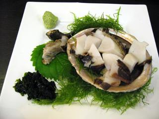 静岡県・清水港「河岸の市(かしのいち)」でマグロを食す!