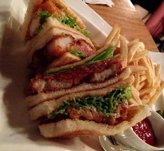 ガーデンラウンジのハンバーガー @赤阪・ニューオータニ