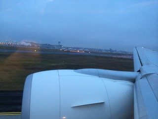 1回目のフランクフルト--日本航空「JL407」便