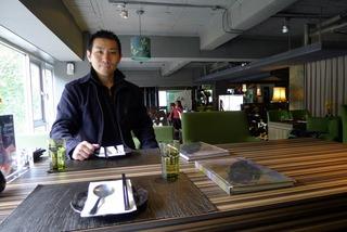 本格料理からショップや喫茶、バーもある「FiFi茶酒沙龍」 @仁愛路・台北
