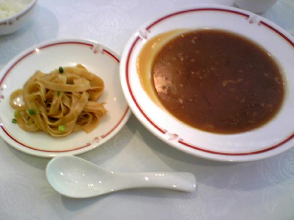 筑紫樓広尾店で「ふかひれランチ」を食す!