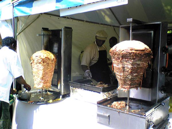「アフリカンフェスタ2007(AFRICAN FESTA 2007)」でケバブを食す!