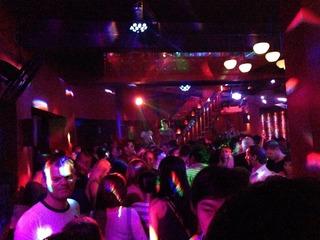 ホーチミンの熱いハシゴな夜-「クラブ 苺苺」「Canalis Club」「Go 2 bar」「PHO QUYNH」
