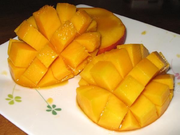 鹿児島産の完熟マンゴーを食す!