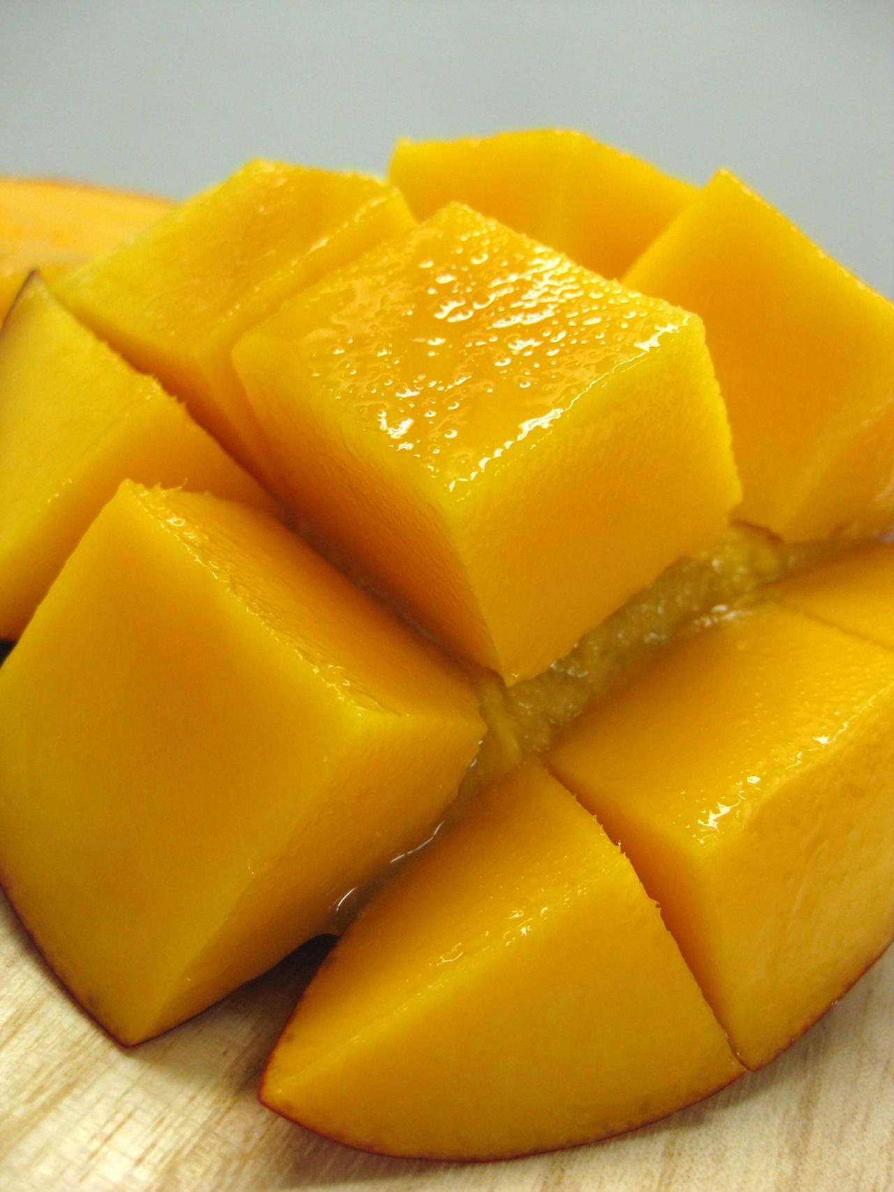 トータルクリエイトの台湾産の完熟マンゴーを食す!