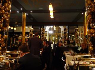 【大晦日ディナー】ブラッスリー・デュ・ルーヴル(Brasserie du Louvre) @パリ