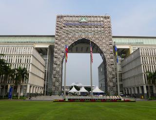 行政新首都「プトラジャヤ(Putrajaya)」 @マレーシア