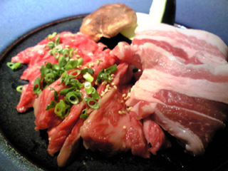 東京恵比寿、肉卸問屋が運営する鉄板焼き「MAESUTORO OGAWA」