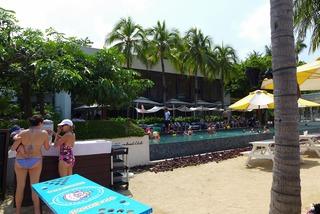 タンジョンビーチクラブ(Tanjong Beach Club) @シンガポール・セントーサ島
