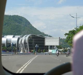 ブンタウ(Vung Tau)港からホーチミン港まで