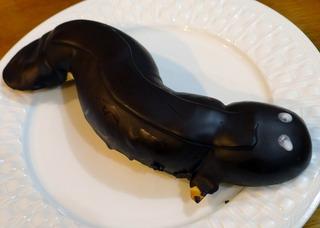 う丑の日ということで、「う〜なぎチョコパン」 @セブンイレブン