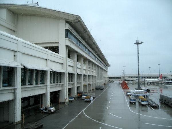 ANA 126便 沖縄那覇空港