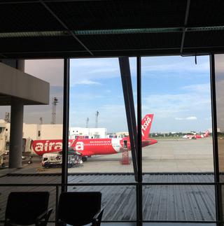 バンコクとサムイ島とパンガン島 --エアアジア「QZ 256」便
