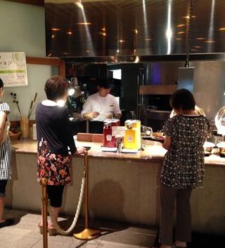 シェラトン・グランデ・オーシャンリゾート--パインテラスの朝食