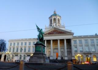 日帰りブリュッセル観光「ブリュッセル市庁舎」「小便小僧(マネケン・ピス)」「ロワイヤル広場」 @ベルギー・ブリュッセル