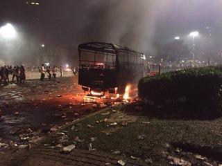 2016年11月4日のデモと暴動 @インドネシア・ジャカルタ