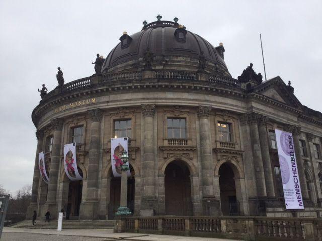 ベルリンにて:博物館島の見学な...
