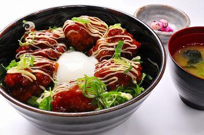 s-ボリュームたっぷり信玄鶏のからあげ丼定食(にんにく)