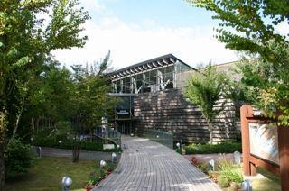 s-水族館外景