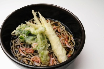 春の旬野菜三種盛り天ぷらそば
