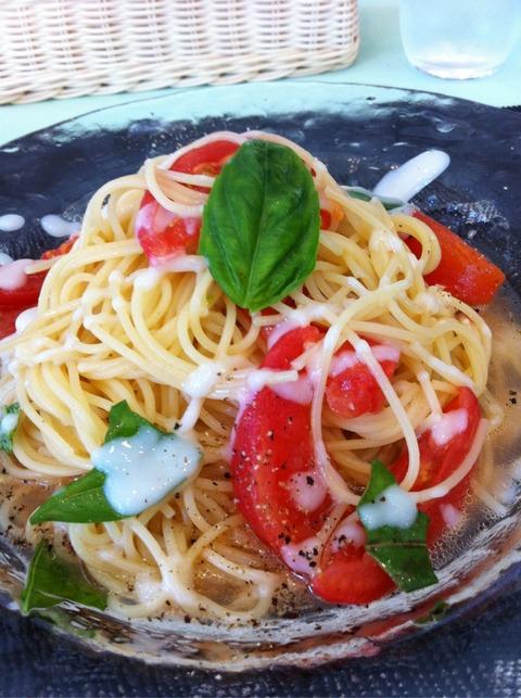 塩麹とトマトの冷製パスタ