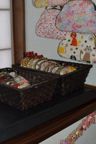 楠本伸子さんの手作りバッグ、がま口、ピンチ