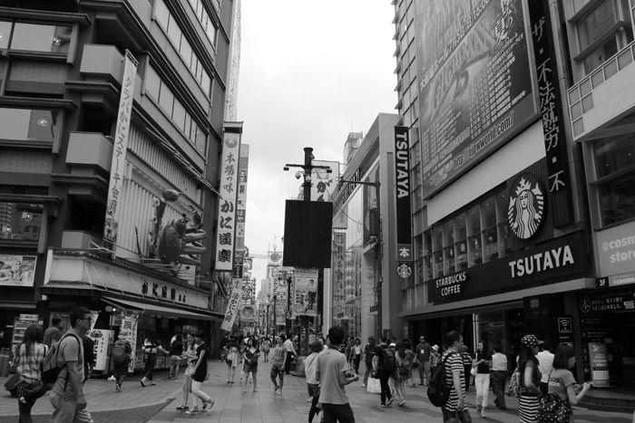 大阪・中央区・【モノクロさんぽ】戎橋界隈20150623-4