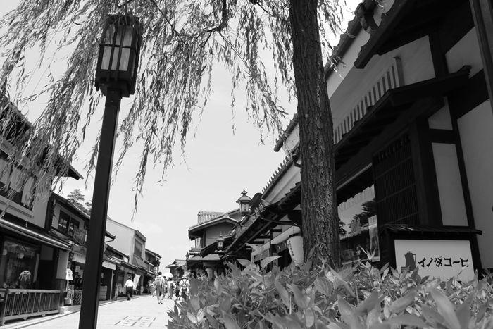 京都・東山区・【モノクロさんぽ】八坂神社~産寧坂界隈20150624-4