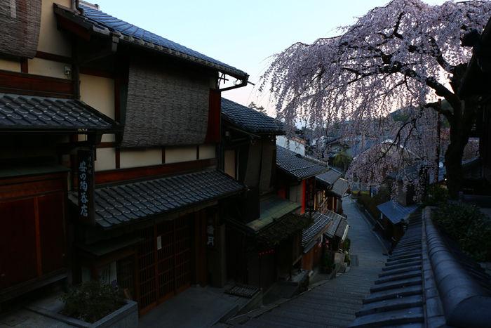 京都・東山区・産寧坂(三年坂)20160329-4