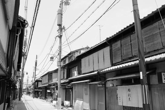 京都・東山区・【モノクロさんぽ】花見小路界隈20150624-3