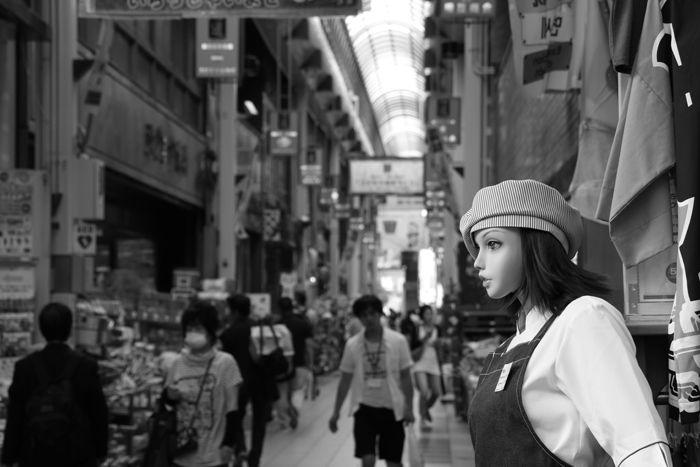 大阪・中央区・【モノクロさんぽ】千日前道具屋筋商店街20150623-5