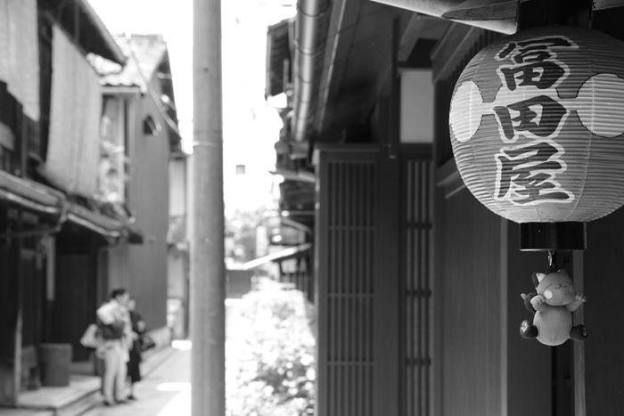 京都・東山区・【モノクロさんぽ】花見小路界隈20150624-7
