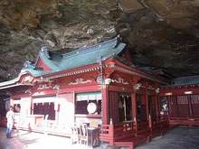 Miya-shrine2