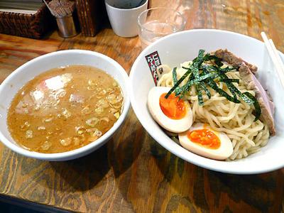 Osaka-tamagorou08ramen1