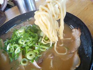 Osaka-Yokozuna09ramen2