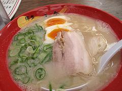 ランチ:味玉ラーメン700円@博多一幸舎・高砂屋台店