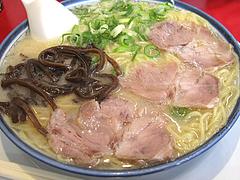 ランチ:ラーメン500円@博多ラーメンしばらく西新店