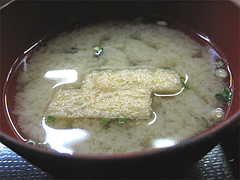 12ランチ:味噌汁@一やのごはん・春吉