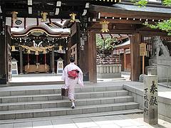 外観:櫛田神社・本殿へ@博多つけ蕎麦・串揚げ・博多大乗路・櫛田神社
