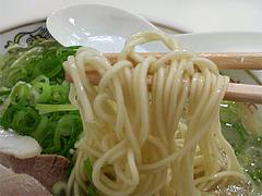 料理:ラーメン麺@元祖長浜ラーメンぶんりゅう