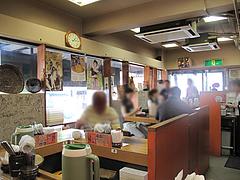 2店内:カウンター@ビビンバ・韓国冷麺専門店・菜ずき・天神
