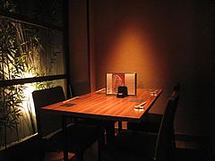 3店内:2階テーブル席@元祖博多めんたい重