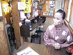 店内:テーブル席@ダーチャ・まんぼ亭・赤坂門市場
