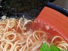 料理:醤油ラーメンのスープ@中華そば行徳家・野間