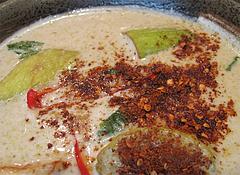 料理:グリーンカレーに粉唐辛子@タイ料理オシャ・大橋