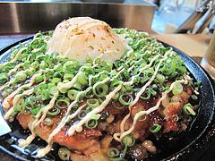 1鉄板焼店:牛スジ入りお好み焼だよ@お好み焼きダイニング城・中洲川端