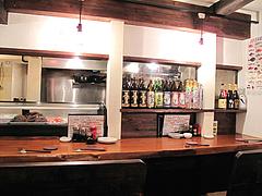 2店内:カウンター@海鮮居酒屋つねちゃん・姪浜